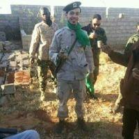 """Parla un giovane di Bengasi: """"Gheddafi è nel cuore di milioni""""."""